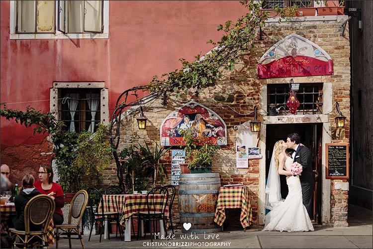 11_intimate-wedding-in-Venice