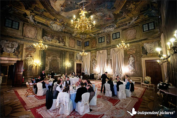 25 Winter Wedding In Venice