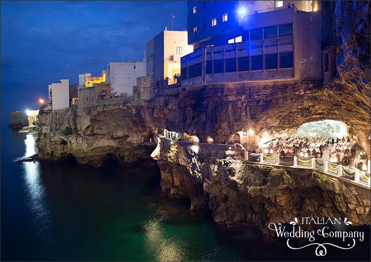 seaside-wedding-grotta-palazzese-polignano-apulia