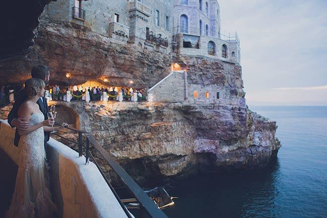 seaside-wedding-grotta-palazzese-polignano-apulia