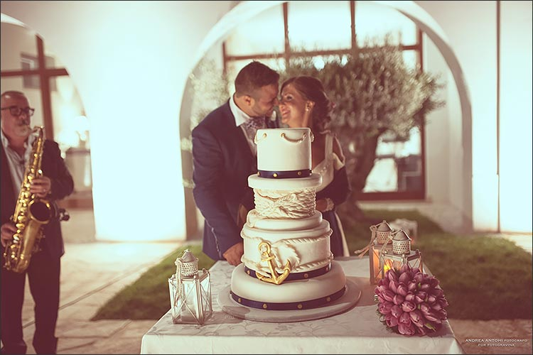 navy-theme-wedding-in-apulia_23