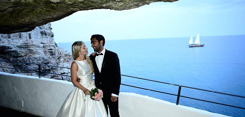 Romantic elope in Apulia