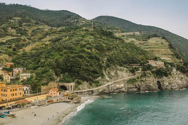 elope-monterosso-cinque-terre-wedding_06