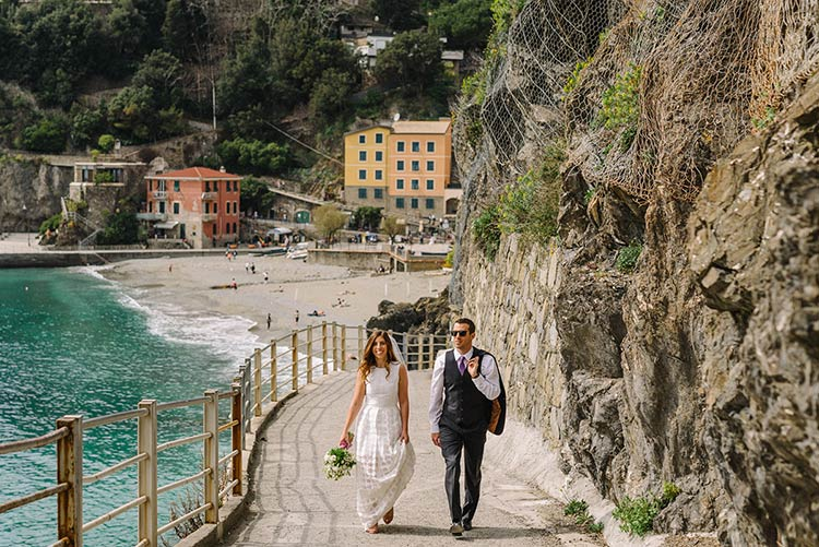 elope-monterosso-cinque-terre-wedding_23