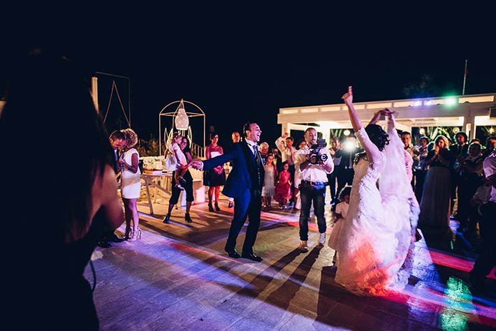 5 Ideas For A Great Beach Themed Wedding In Puglia: Apulian Beach Wedding In Monopoli Italy