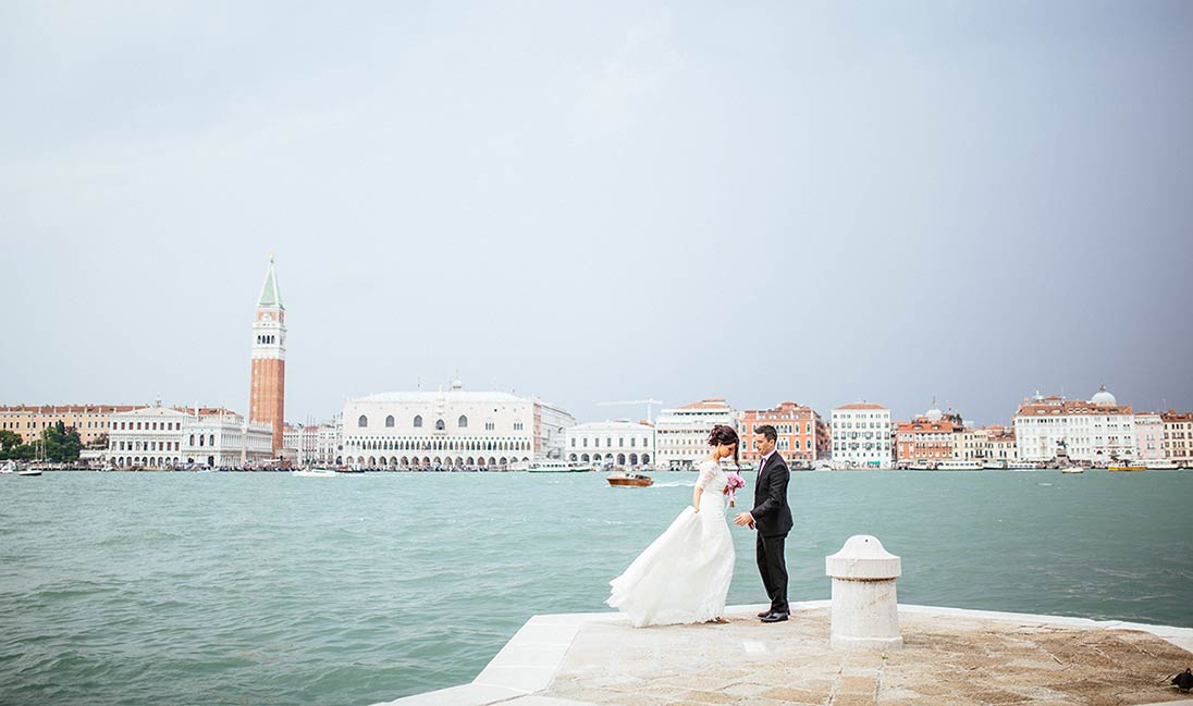 venice-seaside-wedding