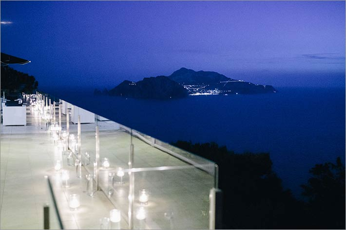 amalfi-coast-reception_overlooking_capri_island