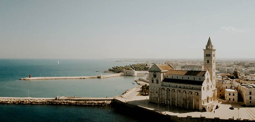 destination wedding in Trani
