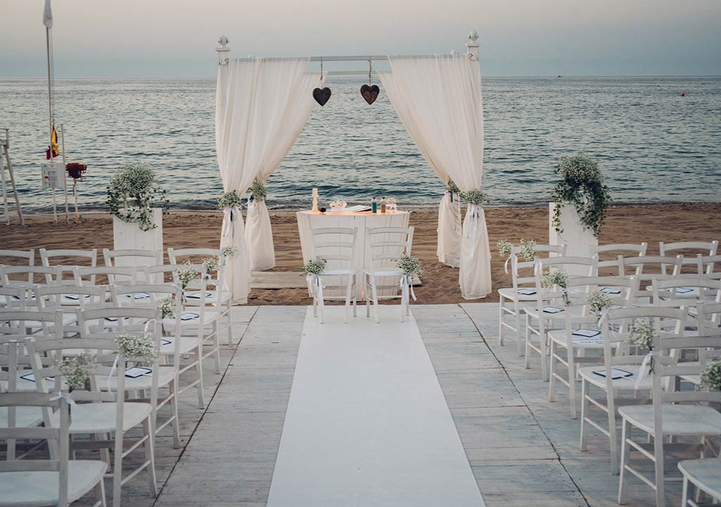 Beach wedding in Apulia