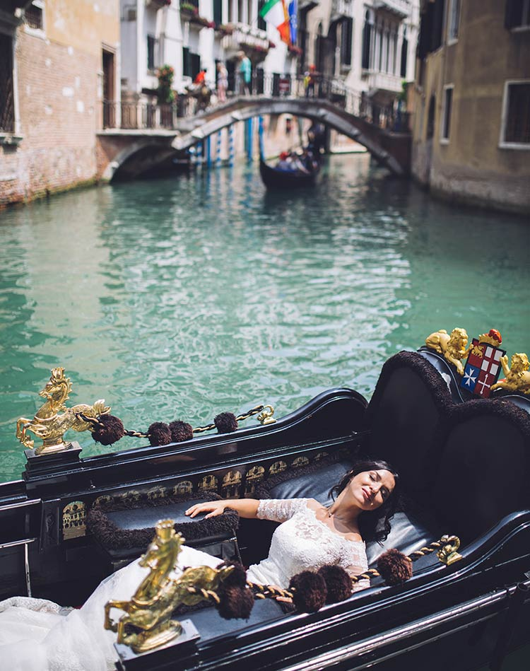 Seaside wedding in Venice