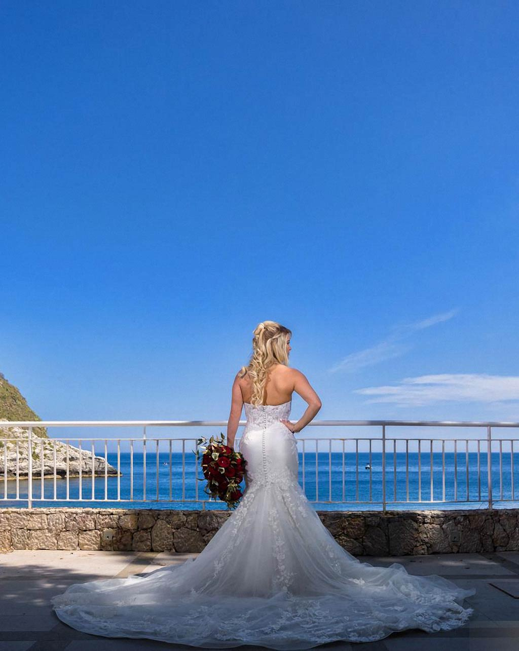 Beach wedding in Sicily