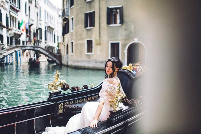 Gondola wedding in Venice