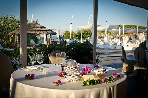 Beach reception party in Puglia