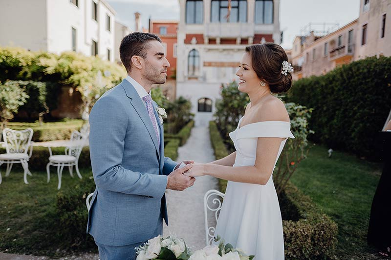 Rose garden ceremony in Venice