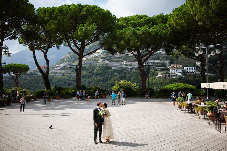 Wedding photos in Ravello on Amalfi Coast
